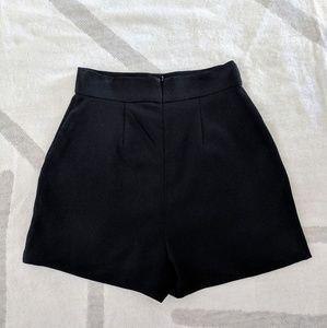 e04e8bc1416 BB Dakota Shorts - Like new. BB Dakota high waist Bryan shorts